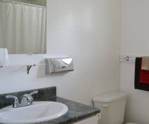 Motel Unit #8 - Starting @ $128 / night contact us for availability/reservation
