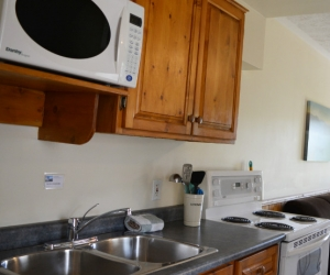 Cottage Shel's Space - Starting @ $218 / night contact us for availability/reservation