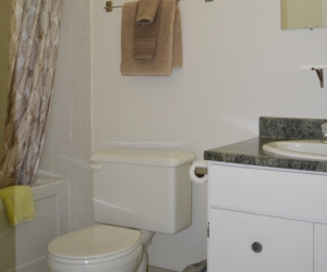 Motel Unit #2 - Starting @ $118 / night contact us for availability/reservation