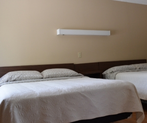 Motel Unit #8 - Starting @ $118 / night contact us for availability/reservation