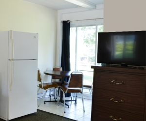 Motel Unit #9 - Starting @ $118 / night contact us for availability/reservation