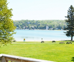 Cottage Syd's Digs - Starting @ $178 / night contact us for availability/reservation